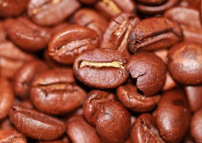 eliminare-cattivi-odori-caffè-modo-naturale