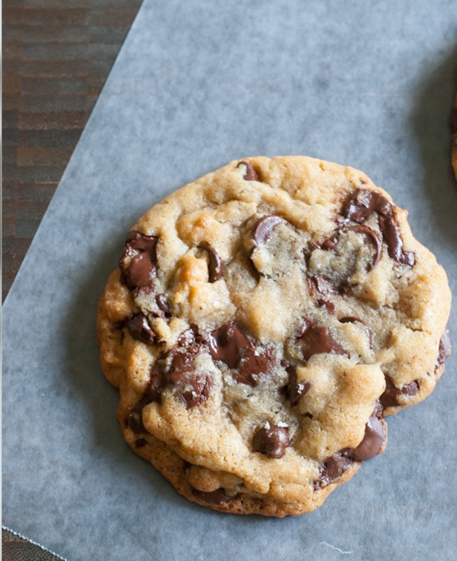 the best chocolate chip cookies from Bakeat350