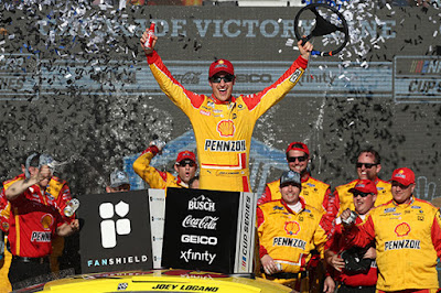 Ford Performance wins at Phoenix Raceway with Joey Logano #NASCAR