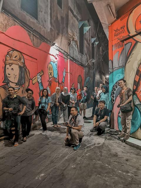 Wisata malam Solo, Menikmati mural street dan keroncong night (8) - jurnaland.com