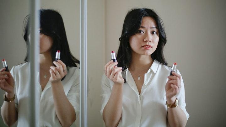 3 Brand Lokal Lipstik Matte yang Bagus dan Tahan Lama