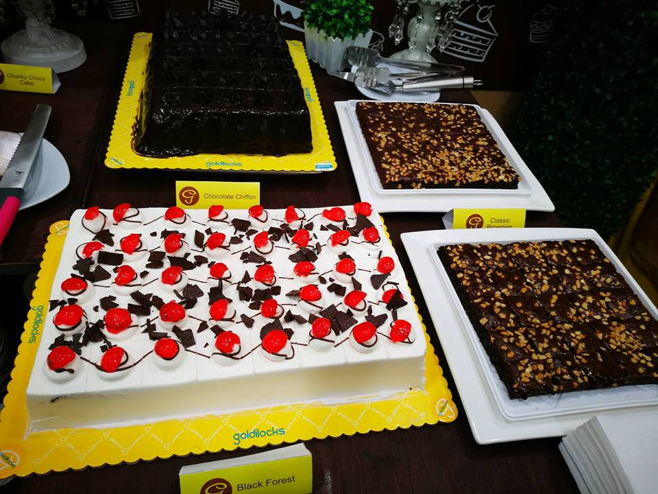 f6e3011af9d64 National Cake Day is part of Goldilocks  50th Birthday Celebration. Guests  were treated to all the classic and premium Goldilocks cakes that they  could eat ...