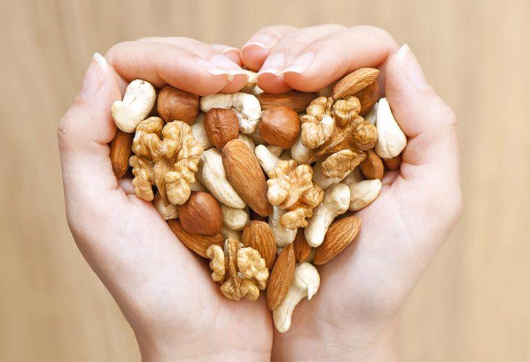 ما أهمية نقع المكسرات والبذور والحبوب