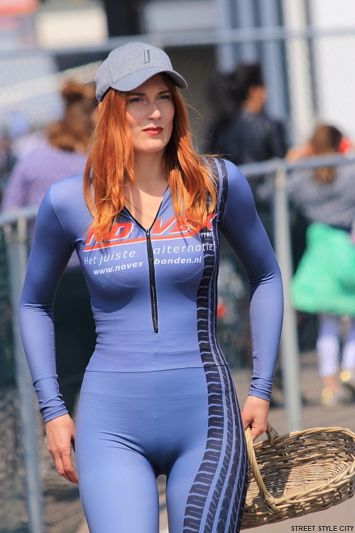 grid girls promotion sexy catsuit look outfit zandvoort circuit