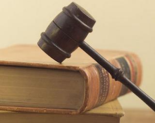 Penafsiran Hukum Menurut Utrecht