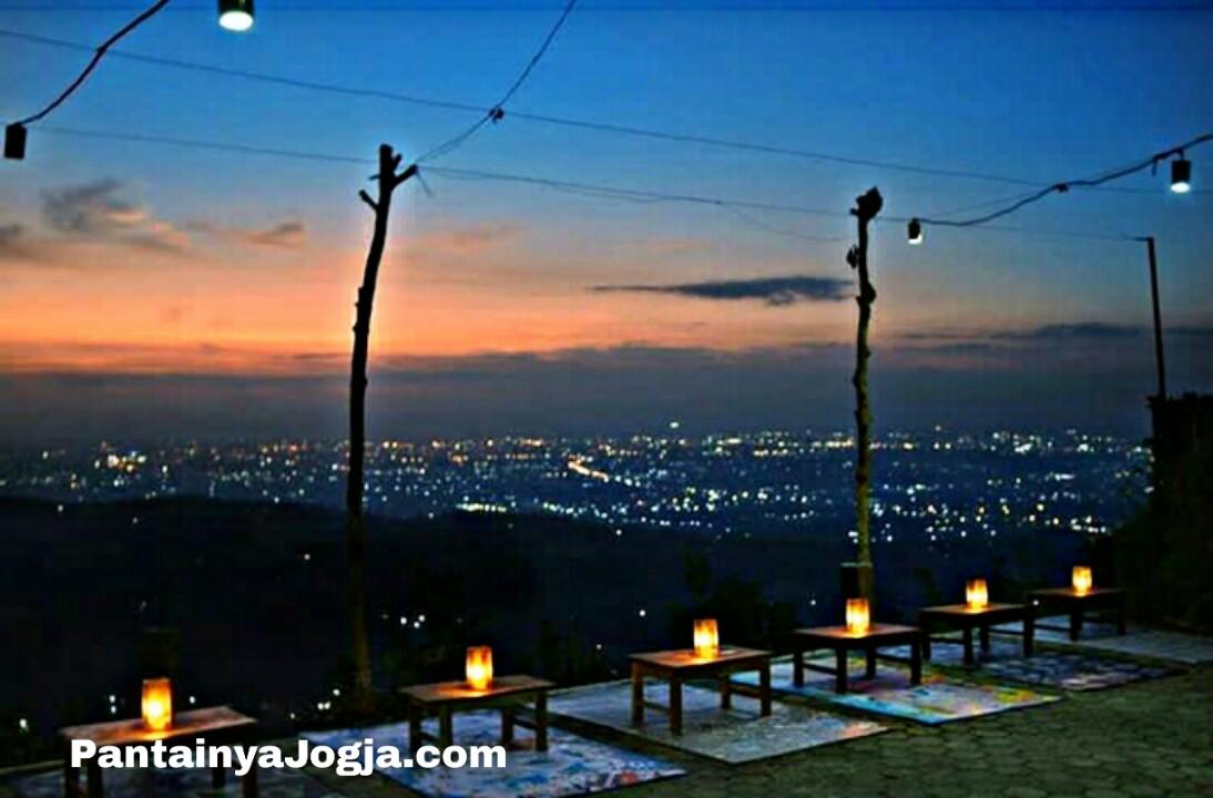 Lokasi Watu Amben,Bantul,Jogjakarta yang terkenal sebagai tempat