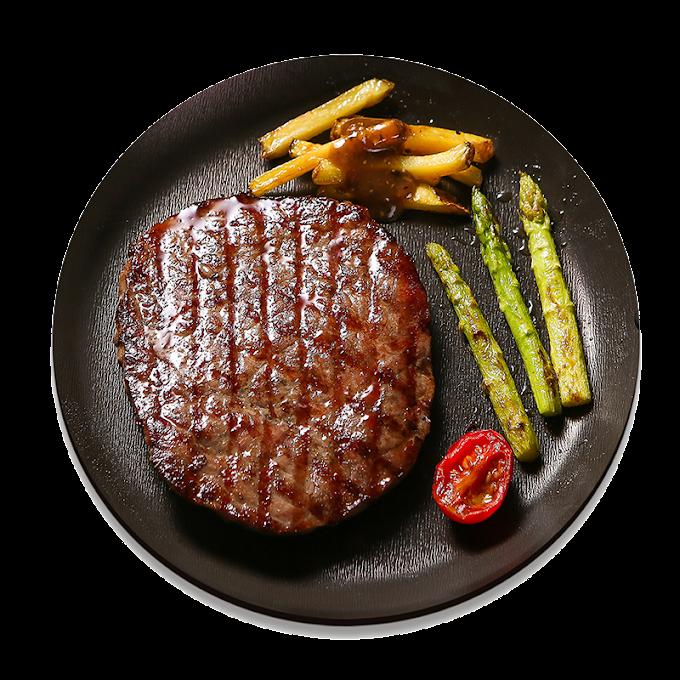 grilled steak with spices on black plate art, Beefsteak Barbecue sauce JD.com, Black pepper steak, food, black Hair png by: pngkh.com