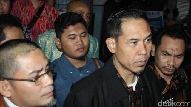 Kasus Ninoy, Munarman: Saya Minta Rekaman CCTV Masjid untuk Lihat Situasi