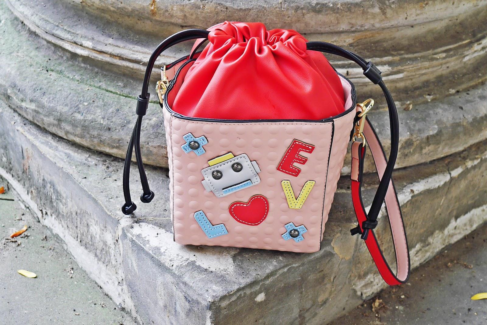 8_rozowa_torebka_gamis_pink_bag_karyn_blog_modowy_180917