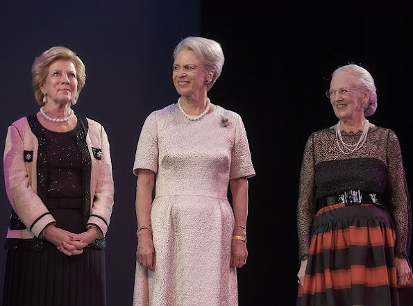 Queen Ingrid Honors Award, dancer Andreas Kaas and jazz singer Sinne Eeg, Diamond tiara