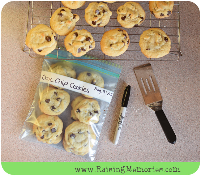 Freeze Chocolate Chip Cookies for School Lunch or After School Treats. Recipe and Tutorial