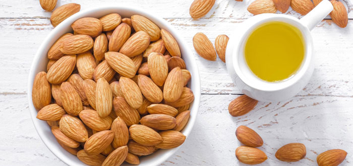 Almonds | The Girls Beauty Bible