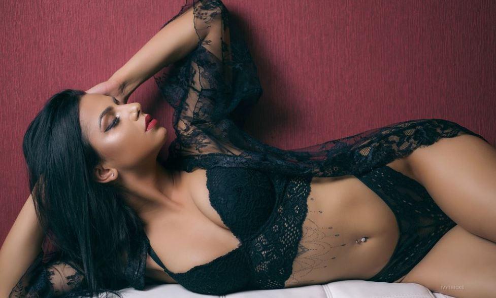 IvyTricks Model GlamourCams