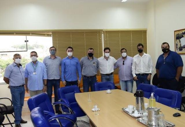 Prefeitos reúnem com Arteris Via Paulista para discutir antecipação da duplicação da SP-255