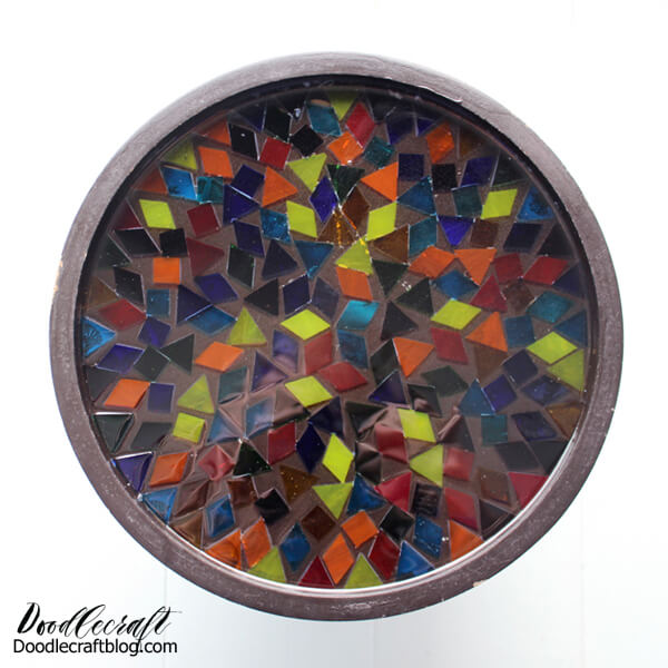 Resin crafting is awesome, there are so many different applications for resin. Here's a fun cakestand that makes a great resin project for a beginner, without looking like a beginner project! Upcycle an old cake stand with a glass mosaic finished with high gloss resin to give it new life.