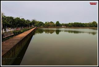 Kolam Segaran Mojokerto