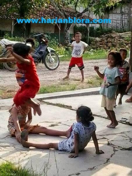Permainan Anak Tradisional Jawa Masih Digemari Di Kabupaten Blora