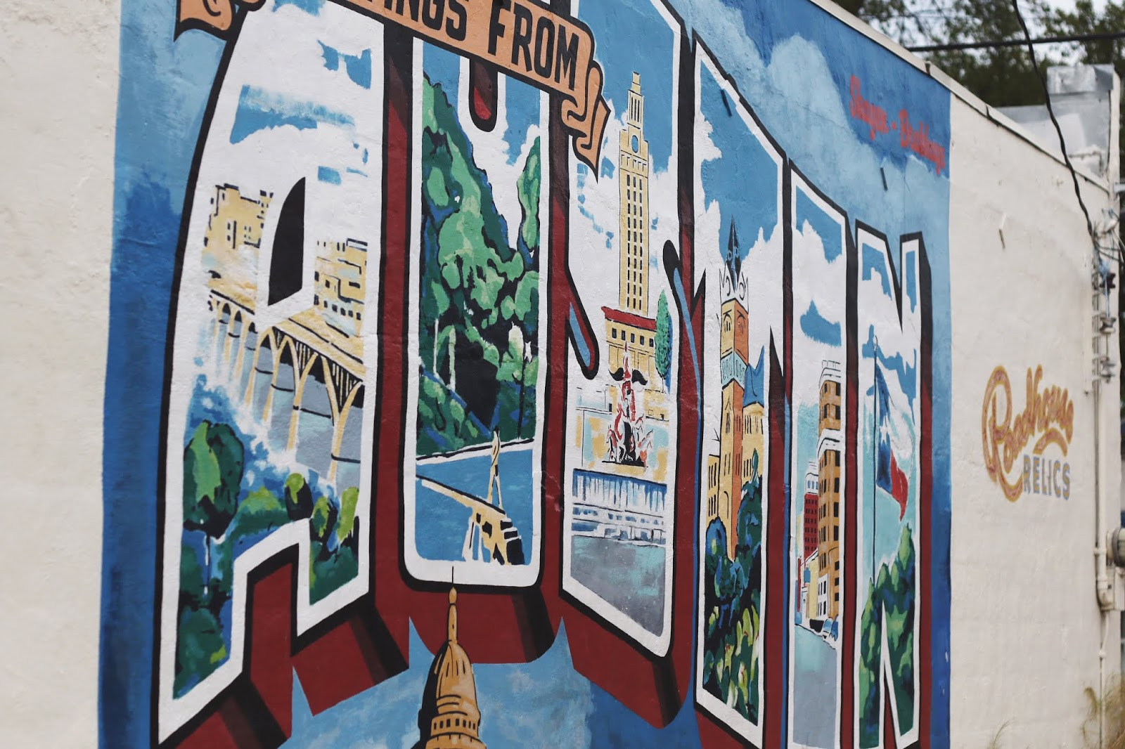 greeting from austin mural, greetings from austin mural address, best murals in austin, where to take photos in austin