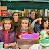 El alumnado barakaldés llena Herriko Plaza de juguetes solidarios en su exitoso rastrillo