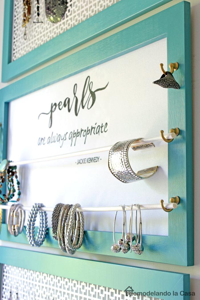 bracelet storage in jewelry organizer