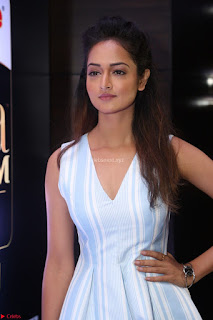 Shanvi Looks super cute in Small Mini Dress at IIFA Utsavam Awards press meet 27th March 2017 108.JPG