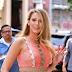 Η έγκυος Blake Lively παραμένει fashion icon