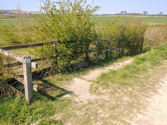 Braughing footpath 2B leaving Braughing bridleway 14 (point 13)