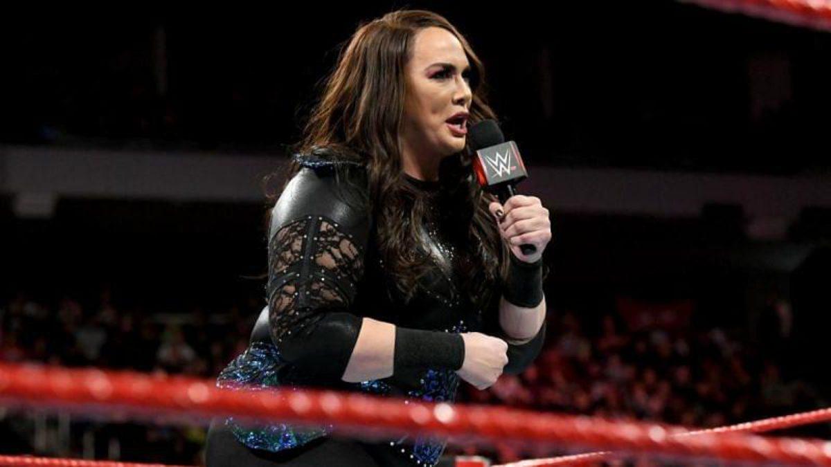 """Nia Jax faz piada sobre """"legitimamente"""" lesionar outros Superstars nos ringues"""