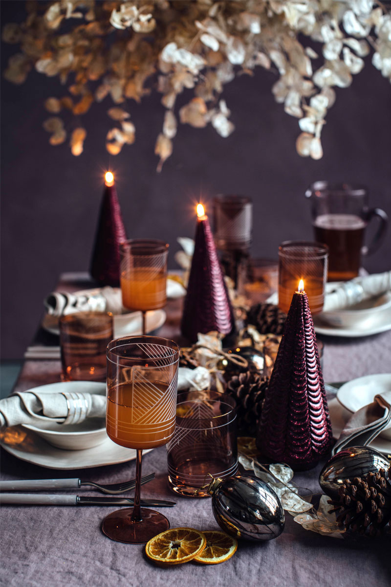 New Year is coming: wonderful ideas for holiday table