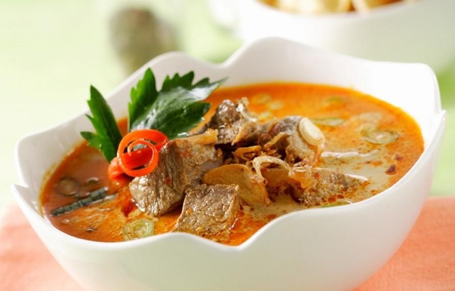 Soto Tangkar Daging Yang Sangat Gurih, Pas Banget Untuk Makan Malam