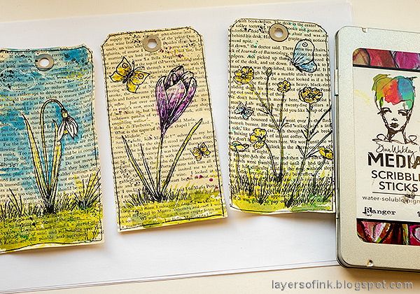 Layers of ink - Watercolor Flowers on Book Paper Tutorial by Anna-Karin Evaldsson.