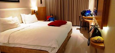 interior kamar hotel yellow star gejayan