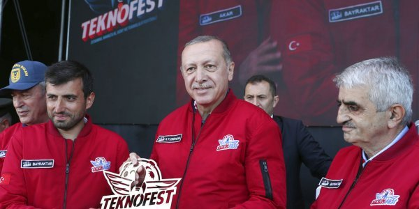 Γαμπρός Ερντογάν: Δεν πειράζει για τα F-35, θα φτιάξουμε μη επανδρωμένα μαχητικά
