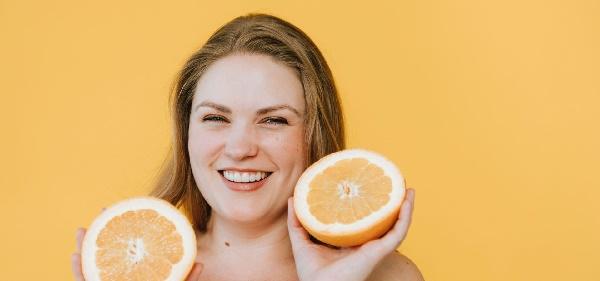 فوائد وخصائص البرتقال للبشرة