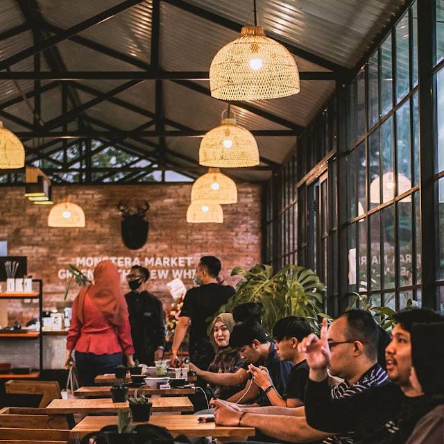 Cafe Monstera Bumiaji Batu Jawa Timur