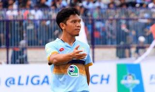 Eka Ramdani Latihan Bersama Persib Bandung
