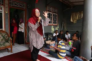 Caleg DPR-RI Intan Nurul Hikmah Sosialisasi di kampung Kebon Nangka kec Teluknaga Kab Tangerang