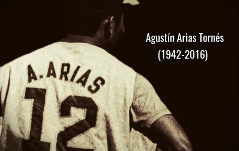 """Para la familia del """"Tingo"""" Arias y sus amigos todo el respeto."""