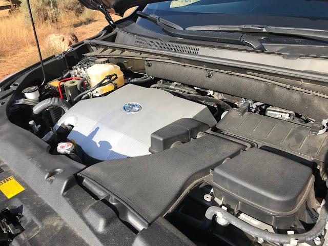 Powerplant in 2019 Toyota Highlander Hybrid Limited Platinum AWD