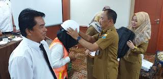 Kadis PUPR Provinsi Jambi Secara Resmi Membuka Pelatihan Pembekalan Dan Uji Sertifikasi TKK Tingkat Ahli Bangunan Gedung Dan Ahli K3 Kontruksi.