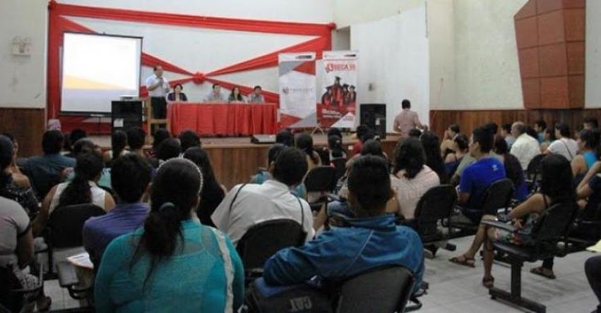 PRONABEC: Nuevos becarios reciben charla de inducción sobre derechos y obligaciones en Ucayali - www.pronabec.gob.pe