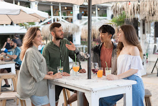 5 Manfaat Nongkrong Dengan Teman Yang Perlu Kalian Ketahui