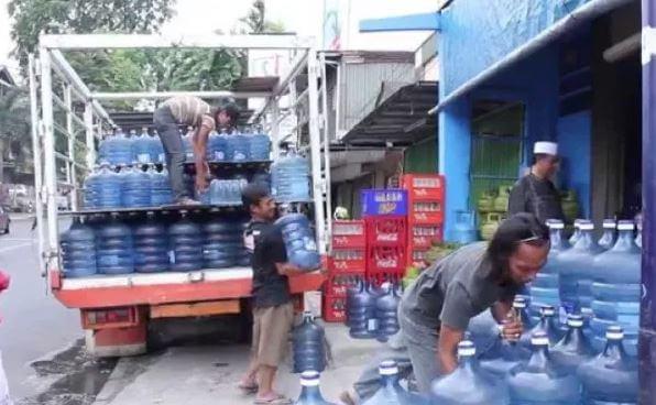 Cara buka usaha isi ulang air minum kemasan yang mudah dan praktis