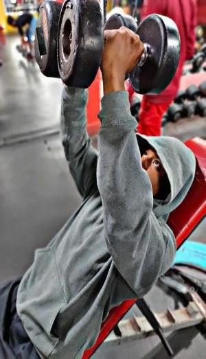 Best Exercises For Chest, incline dumbbell fly