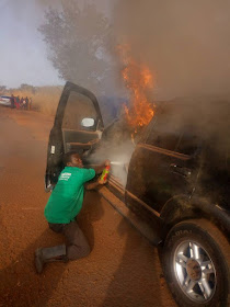 3 Nigerian Pastors Escape Death As SUV Catches Fire While Travelling