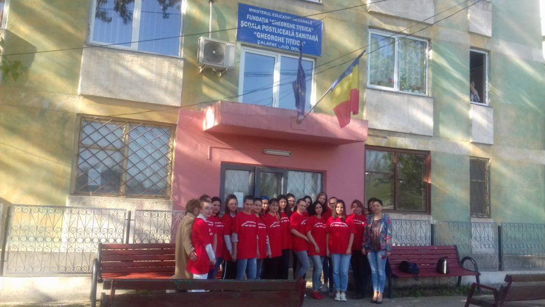 """Condiţii moderne de pregătire la Şcoala Sanitară Postliceală """"Gheorghe Ţiţeica"""" din Calafat"""