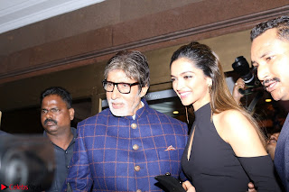 Red Carpet of Most Stylish Awards 2017 ~ Amitabh Bachchan and Deepika Padukone (2).JPG
