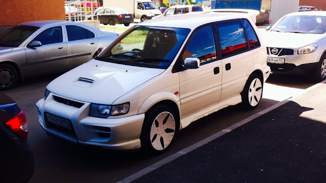 Mitsubishi RVR, minivan, turbo, napęd na cztery koła, unikalne auta
