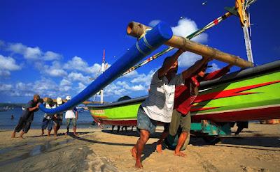 paket-wisata-bali-terbaru-pantai-jimbaran