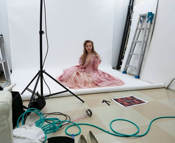 Wanita Mirip Barbie,